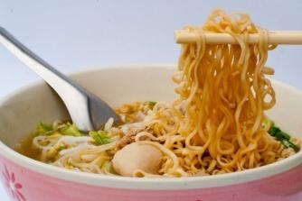 come-cucinare-gli-spaghetti-di-soia