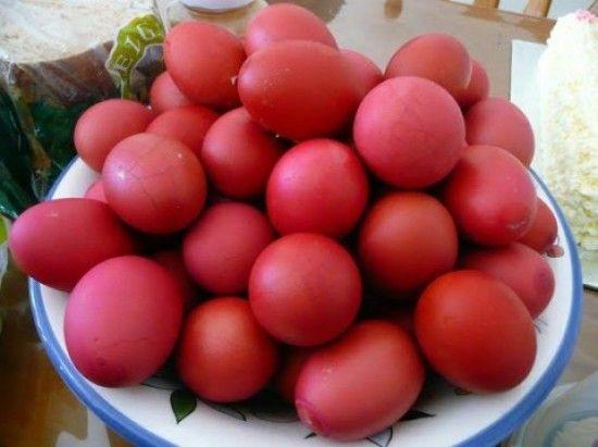 le-uova-rosse-ischitane-e-greche-foto-web-480x3591-e1333984545431