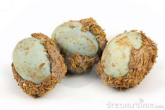 chinese-century-egg-13648430